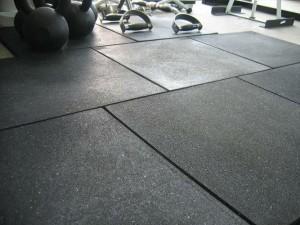 gach-cao-su-lot-san-phong-gym